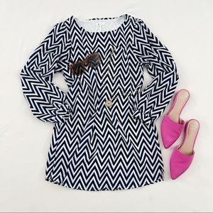 Everly Chevron Long Sleeve Black White Dress Small